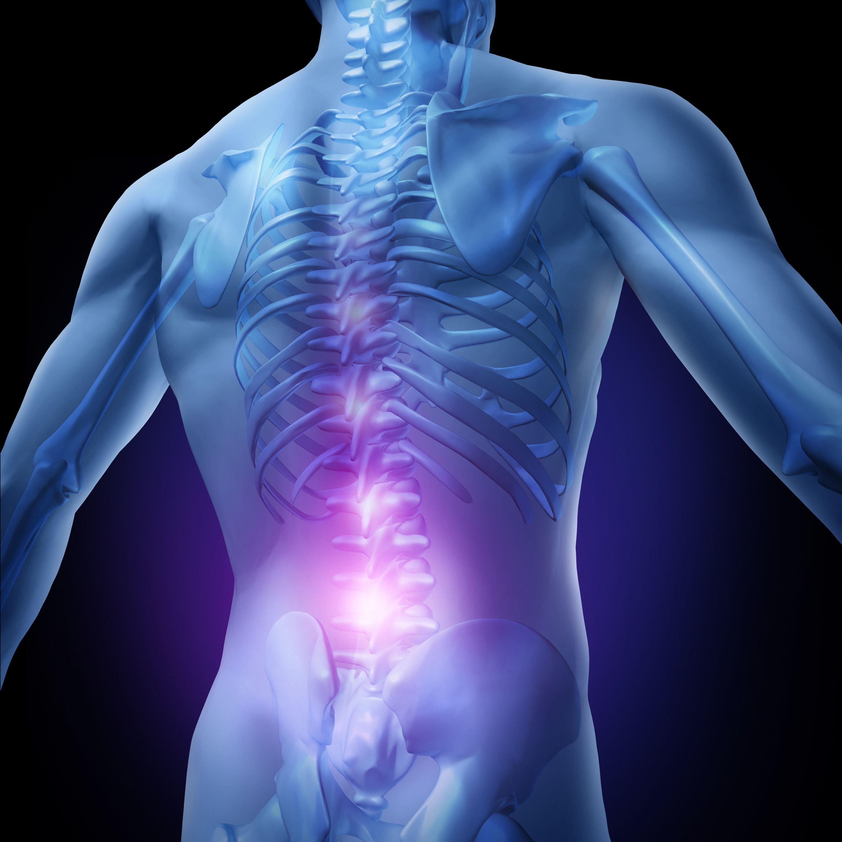 Dolor de espalda a los 40 ¿A ti también te duele? Escucha el mensaje de tu cuerpo